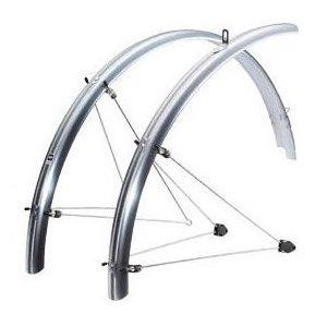 Крылья набор SKS Chromoplastics Р 55, 26, ширина 55 мм, серебряные, 10123Крылья для велосипедов<br>Набор, 26, ширина: 55 мм, цвет: серебряные.Полностью закрывают колесо. Сделаны в Германии. Отлично защищают седоков от летящей грязи и брызг.<br>