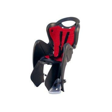 Велокресло детское BELLELLI заднее Mr Fox Clamp, чёрное, арт.01FXM00000Детское велокресло<br>Сидение BELLELLI заднее Mr Fox Clamp<br> Велокресло детское заднее Mr Fox Clamp  крепится на уже установленный задний багажник (грузоподъемность багажника не менее 25 кг, ширина 12-17,5 см) велосипеда с колесами 26-28 и позволяет перевозить ребенка до 22кг с 1 года до 7 лет.<br>Велокресла имеют мягкую прокладку, ремни безопасности и защиту ног от попадания в спицы. За счет вентилируемой перфорированной спинки малышу не будет жарко в знойный день. Форма корпуса велокресла обеспечивает защиту ребёнка по бокам. Пряжка позволяет фиксировать ребенка в велокресле одним движением, но при этом не может быть расстегнута ребенком случайно.<br>Заднее велокресло для детей до 22 кг (1- 7 лет). Регулируемая по высоте спинка. Ремни безопасности с мягкими накладками могут быть отрегулированы по высоте и длине. Пряжка легко защелкивается одной рукой, регулируется в двух позициях. Широкая, регулируемая по высоте защита для ног предотвращает контакт с колесом.<br>Цвет: черный<br>Артикул: 01FXM00000<br>