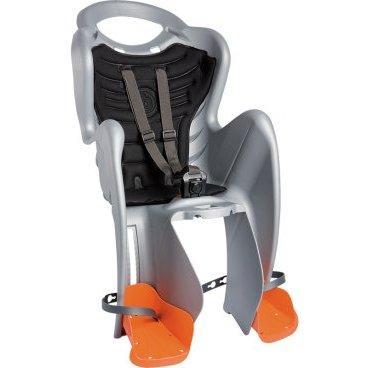 Велокресло детское BELLELLI заднее Mr Fox Standard B-Fix, серебристое, арт.01FXSB0007Детское велокресло<br>Велокресло детское BELLELLI заднее Mr Fox Standard B-Fix,<br>Детское велокресло заднее Mr Fox Standard BELLELLI крепится на велосипед сзади на подседельную трубу и позволяет перевозить ребенка с года до 6 лет. За счет вентилируемой перфорированной спинки малышу не будет жарко в знойный день. Пряжка позволяет зафиксировать ребенка в велокресле одним движением, но при этом не может быть случайно расстегнута ребенком.<br>Велосипедное сидение для детей до 22 кг (с 1 до 6 лет) Гибкий стальной держатель снижает нагрузку на позвоночник ребенка за счет амортизации вибраций велосипеда Ремни безопасности могут быть отрегулированы по высоте и длине Пряжка легко защелкивается одной рукой, регулируется в двух позициях Широкая, регулируемая по высоте защита для ног, предотвращает контакт с колесом в любых положениях. <br>Требования к велосипеду: Диаметр колес 26-28; Рама круглого сечения с диаметром 25-46 мм или рама овального сечения с размерами 30-40 мм на 38-46 мм; <br>Для установки крепления на подседельной трубе необходим участок, свободный от кронштейнов тросиков и т.д примерно в 8 см. <br>Велокресло не может устанавливаться на велосипеды с квадратной трубой рамы и на велосипеды с задней амортизацией.<br>Цвет: серебристый<br>Артикул: 01FXSB0007<br>