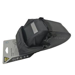Велосумка подседельная Topeak Wedge DryBag, крепление на липучке, черная, TT9819BВелосумки<br>Защитите свои аксессуары от дождя и грязи, используя влагостойкую сумочку Topeak Wedge DryBag. Большой размер (1000мл) позволит разместить камеру, небольшой насос и комплект шестигранников. Все самое необходимое в небольшой сумке под седлом. Крепление на ремешке.<br><br>Объем сумки 1500мл<br>Материал Пластик, Нейлон<br>Крепление Подседельный штырь (?25.4 - ?34.9 мм), крепление на ремешке<br>Дополнительно Световозвращающая графика<br>Крепление оригинальных фонарей Topeak<br>Водостойкий материал (210 Denier and 420 Denier)<br>Размеры 23 x 11 x 13 см<br>Вес товара 245 гр.<br>