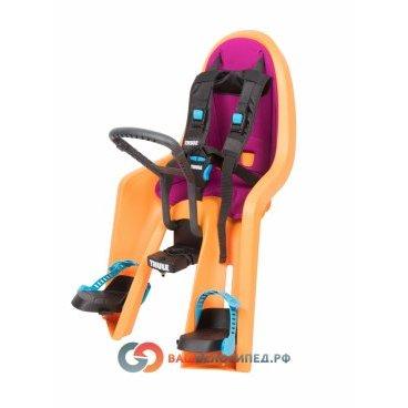 Детское велосипедное сидение на раму Thule RideAlong Mini, оранжевый 100105Детское велокресло<br>Детское велосипедное сидение на раму Thule RideAlong Mini, оранжевый <br>Позволяет вашему ребенку взглянуть на мир по-новому! Это переднее сидение для ребенка с интуитивно-понятной конструкцией обеспечит вам и вашему ребенку безопасные и приятные поездки.<br><br>- Мягкие ремни безопасности с надежным регулируемым 5-точечным креплением обеспечивают максимальный комфорт и безопасность для ребенка.<br><br>- Регулируемые одной рукой ремни и опоры для ног просты в использовании и регулируются по мере роста ребенка.<br><br>- Универсальная быстросъемная опора, которая подходит для нерегулируемого и регулируемого выноса руля, позволяет закреплять/снимать сиденье на вашем велосипеде за считанные секунды.<br><br>- Съемная водонепроницаемая прокладка подходит для машинной стирки; прокладка двусторонняя, две стороны оформлены разным цветом.<br><br><br>Технические характеристики:<br>  Высота спинки:30 cмШирина спинки:22 cмДлина сиденья:14 смДиаметр замка:32-16 ммРасстояние между усами крепления:67 мм<br><br>Для диаметра рулевой колонки: 20-28мм и 28,6 (1 1/8)<br>Удобная система ремней премиум-класса<br>Ремешки для ног<br>Упоры для ног, регулируемые по высоте<br>Система ремней, регулируемая по высоте<br>Быстросъемный рычаг<br>Пряжка безопасности<br>Рычаг регулировки длины сиденья<br>Цвет оранжевый<br>Грузоподъемность 15 кг<br>Артикул 100105<br>