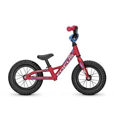 Беговел FOCUS RAVEN ROOKIE 12R DNA 2015, розовый, US:XXXXS, 62000764Беговелы для детей<br>Беговел на 12 дюймовых колесах. Служит для ребенка первыми шагами в мир велосипеда. Беговелы как правило берутся для детей ростом от 85см, которые пока не в силах крутить педали толкая себя в перед, но прекрасно умеют ходить и даже бегать. <br><br>Рама: Алюминиевая MTB 12R 0.0<br>Вилка: rigid<br>Размер колёс: 12<br>Вес велосипеда: 4,30кг<br>