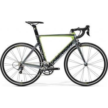 Шоссейный велосипед Merida Reacto 5000 2017Шоссейные<br>Merida Reacto 5000 - это надежный шоссейный велосипед для скоростных марафонов. Имеет карбоновую раму, которая придает байку большую маневренность и максимальную износостойкость, и 22-скоростную трансмиссию, с помощью чего вы можете подобрать оптимальный уровень передвижения. Модель оснащена ободной системой тормозов, которая обеспечивает надежное и безопасное торможение, а также амортизационной вилкой для предотвращения вибрации.<br>Основное<br>Модельный год2017<br>Применениешоссейный<br>Возрастная группавзрослый<br>Типмужской<br><br><br>Рама и амортизация<br><br>Материал рамыкарбон<br>Амортизациябез амортизации<br><br><br>Колеса и тормоза<br>Диаметр колес28 <br>Модель покрышекContinental Grand Sport Race 25<br>Материал ободаалюминий / Merida Expert 35 CW /<br>Ободдвойной<br>Передний тормозободной механический (клещевой) / Shimano 105 /<br>Задний тормозободной механический (клещевой) / Shimano 105 /<br>Руль и трансмиссия<br>Скоростей22 шт<br>Звёзд системы2 / шатун: FSA Gossamer Pro, 52-36Т /<br>Звёзд кассеты11<br>Модель кассетыShimano 105 / 5800 /<br>Передний переключательShimano Ultegra<br>Задний переключательShimano Ultegra<br>Тип манеткиdual control<br>Модель манеткиShimano Ultegra<br>Форма руляшоссейный<br>ВыносMerida Expert Carbon OS 5<br>Модель руляMerida Expert Compact Road OS<br><br><br>Общее<br>Модель сиденьяMerida Race<br>Модель цепиKMC X11<br>Вес8.5 кг<br>