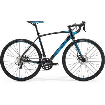 Циклокроссовый велосипед Merida CycloСross 300 2017Туристические и циклокроссовые<br>Шоссейный велосипед Merida Cyclocross 300 – это надежный и стильный байк, созданный для настоящих ценителей скоростной езды и комфорта. Рама, выполненная на основе алюминиевого материала, делает его сверхлегким и износостойким, а трансмиссия на 20 скоростей позволяет выбрать оптимальный уровень передвижения и разогнаться до запредельных высот. Оснащен дисковыми механическими тормозами, которые сделают вашу остановку мгновенной, и амортизационной вилкой для сглаживания неровностей дорожного покрытия.<br>Основное<br>Модельный год2017<br>Применениешоссейный<br>Возрастная группавзрослый<br>Типмужской<br><br><br>Рама и амортизация<br><br>Материал рамыалюминий<br>Амортизациябез амортизации<br><br><br>Колеса и тормоза<br>Диаметр колес28 <br>Модель покрышекContinental Cyclocross Race 35<br>Материал ободаалюминий / Merida Comp 22 Disc Cross /<br>Ободдвойной<br>Передний тормоздисковый механический / Tektro Mira, ротор 160 мм /<br>Задний тормоздисковый механический / Tektro Mira, ротор 160 мм /<br>Руль и трансмиссия<br>Скоростей20 шт<br>Звёзд системы2 / шатун: FSA Omega, 50-34Т /<br>Звёзд кассеты10<br>Модель кассетыShimano Tiagra / 4600 /<br>Передний переключательShimano Tiagra<br>Задний переключательShimano Tiagra<br>Тип манеткиdual control<br>Модель манеткиShimano Tiagra<br>Форма руляшоссейный<br>ВыносMerida pro OS 5<br>Модель руляMerida Road Pro Classic OS<br><br><br>Общее<br>Модель сиденьяMerida Race 1<br>Модель цепиKMC Z10<br>Вес10.5 кг<br>