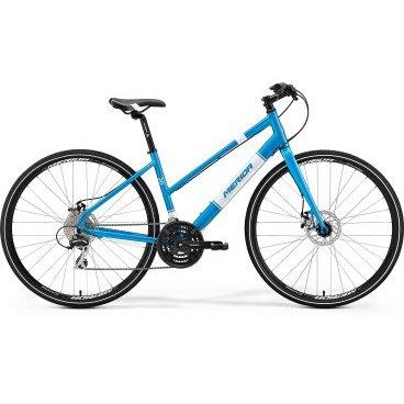 Дорожный велосипед Merida Crossway Urban 20-MD Lady Fed 2017Женские<br>Merida Crossway urban 20-MD-lady FED - надежный спортивный велобайк, разработанный специально для прекрасного пола, о чем символично напоминает слегка опущенная планка рамы. Модель имеет незначительный вес за счет использования в конструкции рамы современного материала. Велосипед оснащен современной тормозной системой, которая представлена механическими дисковыми тормозами, а также имеет 24 режима переключения скоростей. Седло отличается удобством и имеет универсальную конструкцию.<br>Основное<br>Модельный год2017<br>Применениефитнес<br>Возрастная группавзрослый<br>Типженский<br><br><br>Рама и амортизация<br><br>Материал рамыалюминий<br>Амортизациябез амортизации<br><br><br>Колеса и тормоза<br>Диаметр колес28 <br>Модель покрышекCross<br>Материал ободаалюминий / Merida D /<br>Ободдвойной<br>Передний тормоздисковый механический / Promax MTD, ротор 160 мм /<br>Задний тормоздисковый механический / Promax MTD, ротор 160 мм /<br>Руль и трансмиссия<br>Скоростей24 шт<br>Звёзд системы3 / шатун: Shimano TY301, 48-38-28T /<br>Звёзд кассеты8<br>Модель кассетыSunrace<br>Передний переключательShimano Tourney<br>Задний переключательShimano Acera<br>Тип манеткитриггерные<br>Модель манеткиShimano EZ<br>Форма руляпрямой<br>ВыносMerida Comp 15<br>Модель руляMerida Speed / длина - 660 мм /<br><br><br>Общее<br>Комплектациящиток на цепь<br>Модель сиденьяCross Lady<br>Вес12.7 кг<br>