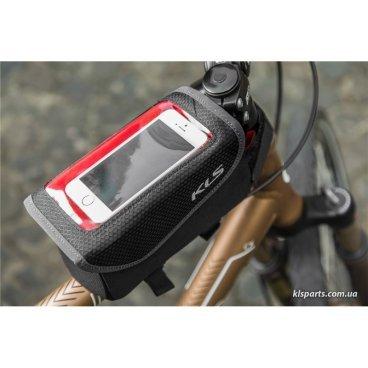 Велосумка на верхнюю трубу рамы KELLYS  CELLY, 0,7л, крепление на липучке, окошко для смартфона.Велосумки<br>KELLYS Сумка на верхнюю трубу рамы CELLY, 0,7л, крепление на липучке,  окошко для смартфона.<br>Сумка на раму под смартфон KLS Celly Удобная жесткая сумочка с креплением на верхнюю трубу рамы с прозрачным отделением для смартфона. <br>Сумка изготовлена из комбинации полиэстровых материалов, что обеспечивает высокую прочность и водостойкость. <br>Быстрое и простое крепление на верхнюю трубу рамы с помощью 3 ремешков на велкро. <br>Светоотражающие элементы на сумке улучшают видимость в темное время суток. <br><br>Характеристики: <br>Материал: Полиэстер 600D / Poly honeycomb / Nylon 210D <br>Объем: 0.7 л.<br> Размеры: 10 x 18 x 9 см <br>Цвет: черный <br>Особенности: <br>Прозрачное верхнее отделение для быстрого доступа к смартфону (диагональ смартфона до 5.5 ) <br>Крепление на ремешках с застежками Velcro Застежка молния YYK <br>Светоотражающие элементы 3М<br>