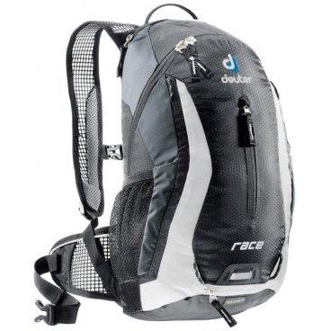 Велосипедный рюкзак Deuter Race, с чехлом, 43х23х13, 10 л, черный, 32113_7130Велорюкзаки<br>Небольшой легкий рюкзак каплевидной формы полностью повторяет изгибы вашей спины во время движения.<br><br>Рюкзак обладает небольшим весом и отличной функциональностью.<br><br>-Анатомические плечевые лямки и набедренный пояс с сетчатыми подушками обеспечивают идеальную посадку рюкзака<br><br>-Наружный карман<br><br>-Верхний карман с удобным доступом<br><br>-Внутренний карман для ценных вещей<br><br>-Отражатель 3M<br><br>-Петля для крепления ночного габаритного фонарика Safety Blink<br><br>-Крепления для системы снабжения питьевой водой<br><br>-Чехол от дождя<br><br>Объем, литр: 10<br><br>Вес, кг: 0.54<br><br>Размеры, см: 43x23x13<br><br>Материал: Diamond Lite / Ballistic Lite<br>