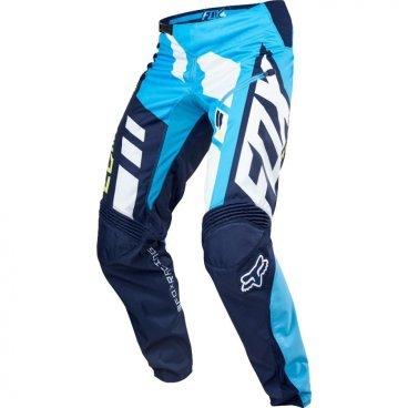Велоштаны Fox Demo DH Pant, сине-голубые, полиэстерВелоштаны<br>Штаны в мотокроссовом стиле, выполненные из плотной и устойчивой к истиранию синтетической ткани. Благодаря особому покрою под названием RAP (Rider Attack Position), они идеально подойдут любителям даунхила и фрирайда. Вставки из эластичного сетчатого материала обеспечивают свободу движений и оптимальную вентиляцию.<br><br>ОСОБЕННОСТИ<br><br>Материал: полиэстер 600D<br>Особый покрой для оптимальной посадки на велосипеде<br>Вставки из эластичного сетчатого материала для большей свободы движений и оптимальной вентиляции<br>Подкладка из мягкой сетчатой ткани<br>Застёжка на молнии и регулируемой стропе<br>Оригинальная графика<br>
