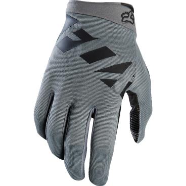 Велоперчатки Fox Ranger Glove, серо-черный (2017)Велоперчатки<br>Лёгкие эластичные перчатки, которые отлично подойдут для тёплого времени года. Верх модели выполнен из дышащей синтетической ткани, а ладонь отделана двойным слоем искусственной кожи Clarino.<br><br>ОСОБЕННОСТИ<br><br>Верх выполнен из дышащей ткани с оригинальным узором<br>Ладонь из двухслойной искусственной кожи Clarino<br>Накладка из микрофибры на большом пальце<br>Удобная застёжка на липучке<br><br>Ладонь из тонкой искусственной кожи Clarino с мягкими гелевыми вставками<br>Удобная компактная застёжка<br>Длина ладони<br>Размер: L (194-200 мм)<br>Размер: M (188-194 мм)<br>Размер: XL (200-206 мм)<br>Размер: S (182-188 мм)<br>Размер: XXL (206-212 мм)<br>