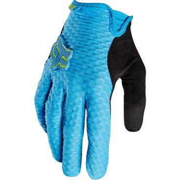 Велоперчатки женские Fox Lynx Womens Glove, синий (2016)Велоперчатки<br>Женские перчатки от Fox – результат эволюции популярной модели под названием Attack. Основные их особенности – это особый крой для идеального соответствия форме женских ладоней и мягкие гелевые вставки в критических местах. Верх модели выполнен из быстросохнущего текстиля, ладонь отделана тонкой синтетической кожей.<br><br>Особенности:<br>- Материал: текстиль, искусственная кожа;<br>- Модель без застёжек;<br>- Силиконовые накладки на кончиках пальцев для лучшего сцепления;<br>- Большой палец отделан микрофиброй.<br>Длина ладони<br>Размер: S (170-176 мм)<br>Размер: M (176-182 мм)<br>Размер: L (182-188 мм)<br>Размер: XL (188-194 мм)<br>