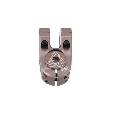 Вынос DMR Sect Stem, нерегулируемый, 31.8 мм, 40 мм, алюминий, серый, DMR-STM-SECT-GВыносы<br>Лёгкий и компактный фрезерованный вынос для дёрт-джампинга, стрита и паркового катания. Широкий зажим руля обеспечивает максимальную жёсткость соединения, а также сводит на нет всяческие скрипы и похрустывания. Важная особенность этого выноса – система зажима под названием top lock, где сначала затягиваются верхние болты, а затем – нижние. Такая система уменьшает нагрузку на руль в месте крепления к выносу и предотвращает его повреждения при перетягивании болтов.<br><br>ОСОБЕННОСТИ<br><br>Материал: алюминиевый сплав марки 6061<br><br>Длина/подъём: 40мм/0мм<br><br>Диаметр рулевого зажима: 31.8мм<br><br>Система зажима руля под названием top lock: сначала затягиваются верхние болты, а затем – нижние<br><br>Проставки для установки руля диаметром 25.4мм продаются отдельно<br><br>Вес: 212 граммов<br>
