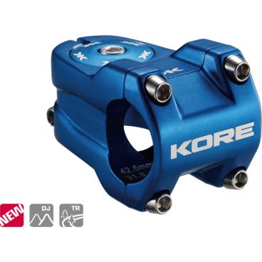 Вынос Kore Rivera, 42.5x31.8 мм, шток 1-1/8 дюйма, алюминий, синий, 182 г, KSTNKRVR0425PLATВыносы<br>Очень лёгкий, жёсткий и короткий вынос предназначенный для DH\FR. Центральный стержень обработан на ЧПУ типа CNC для снижения веса<br><br><br>Характеристики:<br><br>- Материал: алюминиевый сплав марки 6061-Т6<br>- Длина/подъём: 42.5 мм/ 0 мм<br>- Под руль: 31.8мм<br>- Под шток: 1 1\8<br>- Цвет: синий<br>- Вес: 182 гр<br>