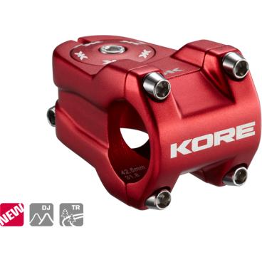 Вынос Kore Rivera, 42.5x31.8 мм, шток 1-1/8 дюйма, алюминий, красный, 182 г, KSTNKRVR0425PRATВыносы<br>Очень лёгкий, жёсткий и короткий вынос предназначенный для DH\FR. Центральный стержень обработан на ЧПУ типа CNC для снижения веса<br><br><br>Характеристики:<br><br>- Материал: алюминиевый сплав марки 6061-Т6<br>- Длина/подъём: 42.5 мм/ 0 мм<br>- Под руль: 31.8мм<br>- Под шток: 1 1\8<br>- Цвет: красный<br>- Вес: 182 гр<br>