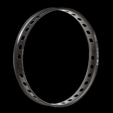 Обод 26, 32h, SunRingle Mulefut 80 SL Post, черный, RB6E97029834605CОбода<br>Жёсткий и надёжный обод для фэтбайков от Sun Ringle. Достаточно широкий для установки любых покрышек и достаточно лёгкий благодаря специальным прорезям между отверстиями для спиц. Изготовлен из авиационного алюминия.<br><br><br><br>ОСОБЕННОСТИ<br><br><br><br>Материал: алюминиевый сплав<br><br>Размер: 26 дюймов<br><br>Ширина: 80мм<br><br>Количество отверстий для спиц: 32<br><br>Вес: 830 граммов<br>