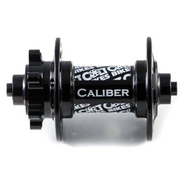 Втулка передняя 16 Colt Bikes Caliber, QR, черный, 32H, CB16-CAL-F-QR-BLKВтулки для велосипеда<br>Новый более жесткий и прочный корпус. Простая конструкция позволяет использовать втулку практически на всех современных вилках. Сменные чашки легко конвертируют втулку в один из трех стандартов: QR-эксцентрик, ось 15мм или ось 20мм (приобретаются отдельно). <br><br>Особенности <br>Алюминиевый корпус AL6061 T6 <br>Алюминиевая ось AL6061 T6 <br>Крепление QR-эксцентрик <br>Промышленные закрытые подшипники <br>Вес 197г <br><br>Технические параметры <br>От левого края до центра левого фланца: 29мм <br>Расстояние между фланцами: 58мм <br>Диаметр по отверстиям фланца: 57,6мм <br>Толщина фланца: 3мм <br>Диаметр отверстий под спицы: 2,55мм <br>Подшипники: 6804 х2шт<br>