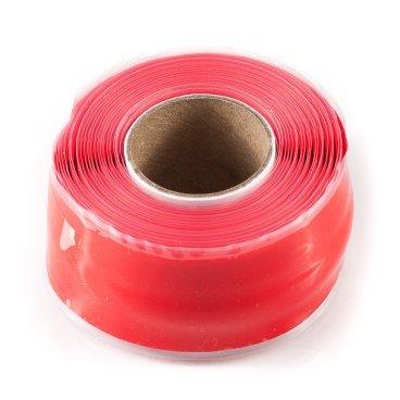 Защитная силиконовая лента ESI Silicon Tape, 10 (3 м), красный, TR10RРучки и Рога<br>Силиконовая защитная лента для рамы, руля и других компонентов велосипеда.<br><br>Легко устанавливается, самоклеющаяся, не содержит клеящих веществ и не оставляет следов, устойчива к УФ-излучению. Применяется в качестве защиты пера рамы от ударов цепи, а также защищает руль и вынос при установке на них креплений для света, камеры, GPS и так далее. <br><br>Снимите защитную пленку с одной стороны ленты и убедитесь, что обе ее стороны на ощупь абсолютно одинаковые. Никакого клея, только гладкий и липкий силикон. Лента надежно клеится сама к себе, при этом не оставляя никаких следов на раме и руле вашего велосипеда. Просто намотайте силиконовую ленту под крепление для света/камеры/GPS, чтобы исключить проворачивание крепления и предохранить руль и раму от появления царапин и потертостей. Может использоваться в качестве защиты пера.<br>