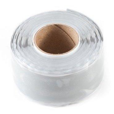 Защитная силиконовая лента ESI Silicon Tape, 39(11,8м), силикон, белый, TM36WРучки и Рога<br>Силиконовая защитная лента для рамы, руля и других компонентов велосипеда.<br><br>Легко устанавливается, самоклеющаяся, не содержит клеящих веществ и не оставляет следов, устойчива к УФ-излучению. Применяется в качестве защиты пера рамы от ударов цепи, а также защищает руль и вынос при установке на них креплений для света, камеры, GPS и так далее. <br><br>Снимите защитную пленку с одной стороны ленты и убедитесь, что обе ее стороны на ощупь абсолютно одинаковые. Никакого клея, только гладкий и липкий силикон. Лента надежно клеится сама к себе, при этом не оставляя никаких следов на раме и руле вашего велосипеда. Просто намотайте силиконовую ленту под крепление для света/камеры/GPS, чтобы исключить проворачивание крепления и предохранить руль и раму от появления царапин и потертостей. Может использоваться в качестве защиты пера.<br>