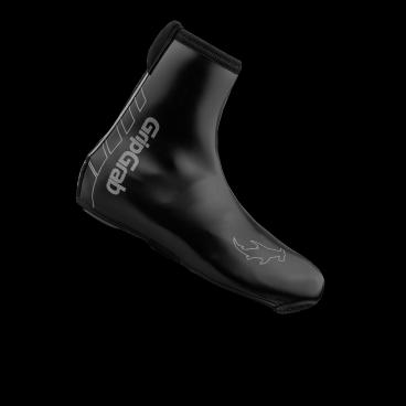 Велобахилы GripGrab Hammerhead, водонепроницаемые, нейлон/неопрен, черныйВелообувь<br>GripGrab Hammerhead<br>Топовая модель в линейке бахил от GripGrab. Верхний слой из неопрена со специальным покрытием делает Hammerhead одними из самых эластичных бахил в индустрии - они буквально облипают вокруг вашего ботинка, идеально повторяя контур ноги, тем самым создают чистый внешний вид и отличную аэродинамику. Совместимы со всеми типами педалей.<br><br>Температурный режим: от -5 до +5 ° С<br><br>Особенности <br>Ветрозащита <br>Водонепроницаемые<br>Усиленная молния YKK ® Heavy Duty<br>Светоотражающая полоска <br>Размеры: S (38-39), M (40-41), L (42-43), XL (44-45), 2XL (46-47), 3XL (48-49)<br><br>Уход<br>Не стирать, используйте только влажную тряпку для очистки. Не использовать отбеливатель. Не сушить в стиральной машине. Не гладить. Не подвергать химической чистке. Не отжимать. <br><br>Материалы<br>90% Неопрен<br>10% Нейлон<br>