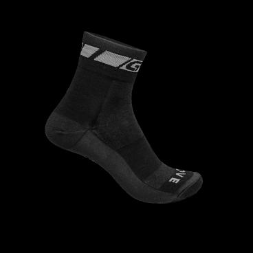 Велоноски GripGrab Wool Sock, шерсть, черныйФляги и Флягодержатели<br>GripGrab Wool Sock<br>Тонкие носки на половину сделанные из мериновой шерсти и созданы для активных тренировок. Высокая изоляция и среднее утепление делают носки универсальными, пригодными для различных погодных условий. Merino Wool это превосходный комфорт и долговечность.<br><br>Размеры: S (38-41), M (41-44), L (44-47).<br>