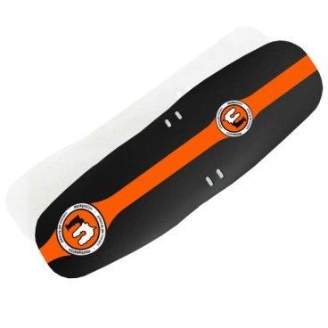 Крыло переднее Mucky Nutz Face Fender XL, оранжевый, MN0057Крылья для велосипедов<br>Переднее крыло Mucky Nutz Face Fender (XL) спасает от грязи и брызг. <br>Оно сделано из гибкого пластика и весит всего 30 грамм!<br><br><br>Характеристики:<br><br>- Легко устанавливается<br>- Легко чистится<br>- Подходит для колес всех размеров<br>- Крепится хомутами за вилку<br>- Материал: гибкий пластик <br>- Не ломается при падении велосипеда<br>- Вес: 30 грамм<br>- Сделано в Великобритании<br>