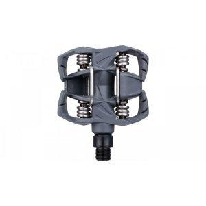 Педали велосипедные контактные TIME Atac MX 2, серый, 1309002Педали для велосипедов<br>Педали Time Atac MX2 позволяют атаковать в самых экстремальных ситуациях с полной уверенностью. MX2 использует композитный корпус и увеличенную стальную ось, даря прочность и делая педали идеально подходящими для трейла / олл-маунтин / эндуро. <br><br>ХАРАКТЕРИСТИКИ:<br>Композитный корпус и увеличенная стальная ось<br>Вес 420 г пара<br>Шипы входят в комплект<br>Отличная очистка от грязи благодаря самоочищающейся концепции<br>Большая платформа для трейла / олл-маунтин / эндуро<br>Система ATAC для удобства взаимодействия<br>Тип педалей:Экстримальные<br>Тип педалей:Контактные<br>Тип подшипников:Промышленный<br>Материал педалей:Пластик/нейлон<br>Цвет:Серый<br>