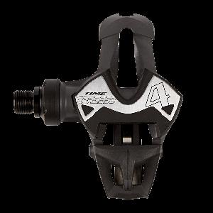 Педали велосипедные контактные TIME Xpresso 4, черный, 1108052Педали для велосипедов<br>Шоссейные педали со стальной осью и композитным корпусом. Вместо традиционных металлических пружин в данной модели используются упругие карбоновые пластины для дополнительного снижения веса. Новый патентованный механизм заметно упрощает встегивание, а широкая платформа со сменной накладкой из нержавеющей стали добавляет контроля при езде. Вес пары педалей составляет 225 граммов.<br><br><br><br>ОСОБЕННОСТИ<br><br><br><br>Материал корпуса/пружины: композитный материал/карбон<br><br>Полая стальная ось<br><br>Широкая платформа со сменной накладкой из нержавеющей стали<br><br>Вес: 112 граммов<br>