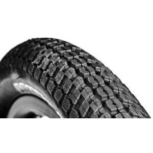 Покрышка велосипедная DMR Moto, 26x2.20, черный, DMR-TR-2622Велопокрышки<br>Классическая покрышка от DMR, предназначенная для дёрт-джампинга, стрита и паркового катания. Круглый профиль и близко расположенные шипы обеспечивают низкое сопротивление качению, а глубокий направленный рисунок протектора – оптимальное сцепление на сухом грунте. Благодаря большому объёму, покрышка хорошо смягчает приземления даже при использовании жёсткой вилки.<br><br>Характеристики:<br><br>Размер: 26х2.2<br>Корд: 60 TPI<br>Материал корда: сталь<br>Вес: 870 грамм<br>