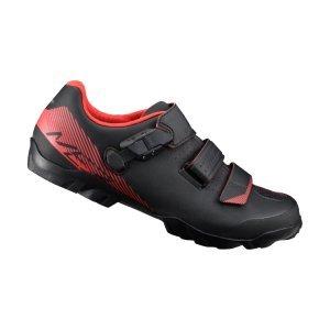 Велотуфли Shimano SH-ME300, черно-оранжевыйВелообувь<br>Многофункциональные ботинки для бездорожья. Созданы для оптимального сочетания педалирования и ходьбы. Отличный выбор для любителей различных направлений маунтинбайка. <br><br>Характеристики:<br><br>Прослойка подошвы TORBAL обеспечивает комфорт и оптимальную циркуляцию воздуха вокруг стопы<br>Застёжка бакля и перекрёстные липучки надёжно фиксируют ногу<br>Резиновый протектор гарантирует уверенное сцепление<br>Подошва усилена стекловолокном для оптимальной передачи усилия на педали<br>Материал: синтетическая кожа<br>Вес пары: 762 грамм (размер 42)<br>