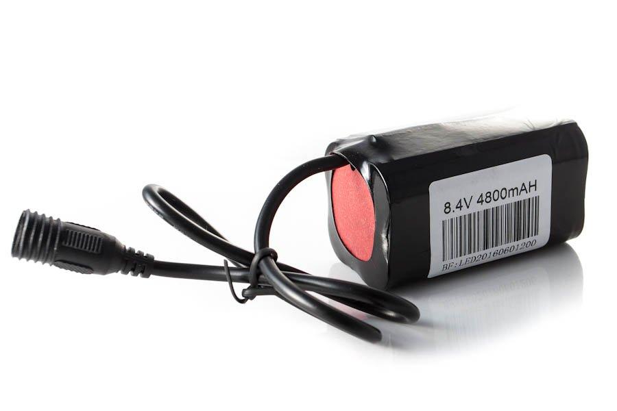 Фонарь передний Lumen 300, 1800 lumen\1200 lumen, Cree XM-L2, черно-красный, EBL300