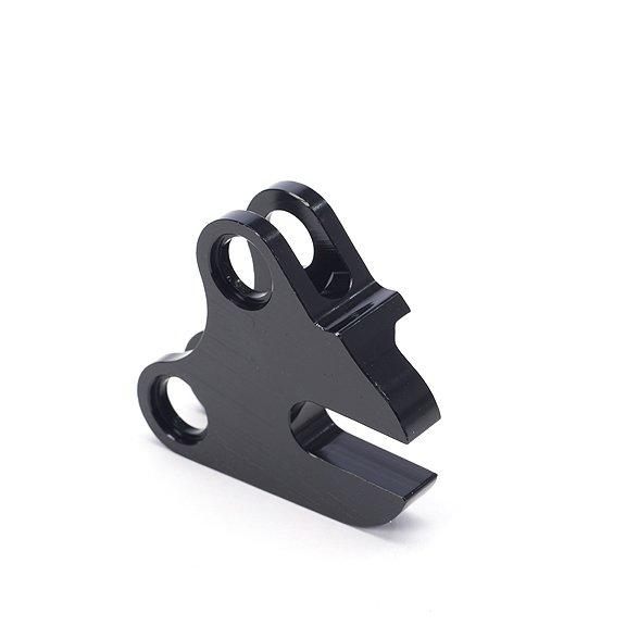 Дропауты TBC - 2012 Dropout Kit (10х135 мм. горизонтальные) (Дропаут - правый  (10 x 135 мм.горизонтальный))