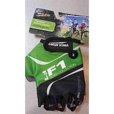 Перчатки велосипедные Vinca sport, зеленые, размер M, VG 924 green (M)Велоперчатки<br>Лёгкие воздухопроницаемые перчатки с усилением ладошки, плоской петлёй для снятия с руки и  липучкой.<br>Материал внешней стороны: Лайкра.<br>Материал внутренней стороны: Серая амара.<br>Цвет: Зеленый.<br>Размер: М<br>
