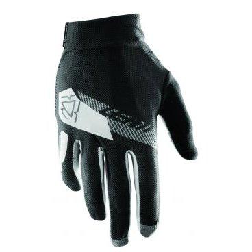 Велоперчатки Leatt DBX 2.0 X-Flow Glove, черно-белыйВелоперчатки<br>Стильные и технологичные перчатки от Leatt, которые отлично дышат и обеспечивают райдеру максимальную свободу движений. Верх модели выполнен из эластичного сетчатого текстиля, ладонь отделана самым современным материалом под названием NanoGrip, который обеспечивает наилучшее сцепление как в сухих, так и во влажных условиях. А накладки из специальной защитной плёнки Brush Guard надёжно защищают пальцы и костяшки от механических повреждений.<br><br>ОСОБЕННОСТИ<br><br>Материал: текстиль/Nanogrip<br>Анатомический крой и бесшовная ладонь<br>Модель без застёжек<br>Накладки из специальной защитной плёнки Brush Guard на пальцах и костяшках<br>Лоскут для протирки очков<br>Длина ладони<br>Размер: L (194-200 мм)<br>Размер: M (188-194 мм)<br>Размер: XL (200-206 мм)<br>Размер: S (182-188 мм)<br>Размер: XXL (206-212 мм)<br>