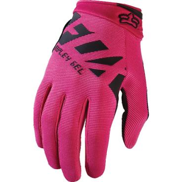 Велоперчатки женские Fox Ripley Gel Womens Glove, черно-розовый (2017)Велоперчатки<br>FOX WOMENS RIPLEY GEL GLOVE это суперкомфортные женские перчатки с длинным пальцем для езды на горном велосипеде:-  перчатки с длинным палецем - это отличный выбор для езды по бездорожью;- гелевые вставки на ладошках обеспечат максимальный уровень комфорта и предовратят забивание мышц при длительных поездках;<br><br>- застежка-липучка на запястье позволит легко как зафиксировать, так и снять перчатки с ладони.<br><br>Длина ладони<br>Размер: S (170-176 мм)<br>Размер: M (176-182 мм)<br>Размер: L (182-188 мм)<br>Размер: XL (188-194 мм)<br>