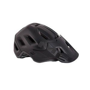 Велошлем Met Roam MIPS, черный 2018Велошлемы<br>Многолетний опыт Met воплотился в модели Roam, которая отличается максимальным удобством и высочайшим качеством. Roam – это абсолютно новый шлем от Met, созданный для эндуро и катания в стиле «ол-маунтин». Тем, кто катается в маске, определённо, понравится гибкий козырёк с тремя положениями фиксации и стильные вертикальные крепления для резинки. А одна из главных особенностей этой модели – задний светодиодный фонарь, который можно закрепить на застёжке. Кроме того, данная модель оборудована системой MIPS, которая обеспечивает эффективную защиту при косых ударах по шлему и резких вращениях головы. Шлем хорошо закрывает голову и отвечает всем требованиям необходимых стандартов безопасности.<br><br><br><br>ОСОБЕННОСТИ<br><br><br><br>Пенопластовый внутренник интегрирован в жёсткий корпус шлема<br><br>Внутренние накладки из мягкого гипоаллергенного материала<br><br>Гибкий козырёк с тремя положениями фиксации<br><br>Задний светодиодный фонарь<br><br>Система дополнительной защиты MIPS<br><br>Отвечает требованиям стандарта безопасности CE<br>