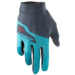 Велоперчатки Leatt DBX 1.0 Glove, синий 2018Велоперчатки<br>Эти вентилируемые велосипедные перчатки с мягкими ладонями тонкие, но прочные! Одни из наших первых непромокаемых защитных перчаток.<br><br>Верхняя часть перчатки выполнена из эластичного материала, который дышит, чтобы держать вас в прохладе, в то время как ладонь изготовлена из материала MicronGrip, тканого материала, который обеспечивает хорошее сцепление как в влажных, так и в сухих условиях и устанавливает новый стандарт для перчаток в этом ценовом диапазоне ,<br><br>Они супер удобны благодаря эластичной подгонке, удобной манжетой и предварительно изогнутой, бесшовной ладонью. <br><br>MicronGrip Palm<br>Очень прочные с функцией сенсорного экрана<br>Мягкая ладонь<br>Vented, Lite верхний материал<br>Предварительно изогнутая, плотная подгонка и бесшовная ладонь<br>Расширенный объектив / очиститель для пота<br>Натяжная манжета<br>Многослойная, нейлоновая нить<br>