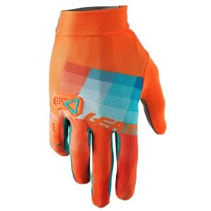 Велоперчатки Leatt DBX 2.0 X-Flow Glove, оранжево-синий 2018Велоперчатки<br>Эти вентилируемые велосипедные перчатки с мягкими ладонями тонкие, но прочные! Одни из наших первых непромокаемых защитных перчаток.<br><br>Один из самых легких и минималистических велосипедных перчаток в нашей линейке продуктов, верхняя часть перчаток  2.0 X-Flow изготовлена из полностью вентилируемого, растягиваемого материала. <br>Они супер удобны благодаря эластичной подгонке, удобной манжетой и предварительно изогнутой, бесшовной ладонью. <br><br>Microinjected 3D Brush Guard усилен мизинец и суставы<br>MicronGrip Palm<br><br><br>Очень прочные с функцией сенсорного экрана<br>Печать силиконового захвата<br>Полностью вентилируемая сетка X-Flow<br>Предварительно изогнутая, плотная подгонка и бесшовная ладонь<br>Стержень объектива / пота<br>Натяжная манжета<br>Многослойная, нейлоновая нить<br>