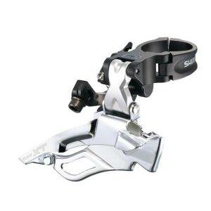 Перекл. передн. Shimano XT M770 10V нижн. хомут универс. тягаПереключатели скоростей на велосипед<br>Переключатель верхнего уровня для профессионального использования в гонках кросс-кантри.Cпроектирован для оптимальной работы с цепями типа Shimano HG-X и является представителем новой 30-скоростной системы переключения передач Shimano Dyna-Sys.Переключатель может работать с системами шатунов емкостью не более 18T.Пустотелые оси линка помогли несколько снизить вес, а четкая работа позволила ему занять достойное место в предтоповой группе компонентов Shimano Deore XT.Универсальная тяга.Нижний хомут.                                                Общие характеристики:    Артикул:FD-M770-10    Брэнды:Shimano        Категория:Переключатели<br>