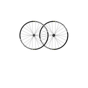 Колеса Mavic Crossmax 29 18 Intl параКолеса для велосипеда<br>ОписаниеКолеса Mavic Crossmax 29 18 Intl параПрименениеМТБ, кросс-кантри, трейл.Основные преимуществаНАДЁЖНОСТЬ И ЭФФЕКТИВНОСТЬНовый более широкий обод с внутренним диаметром 22 мм стандарта UST Tubeless Ready стал легче без ущерба прочности. Прямые спицы обеспечивают высокую производительность и надёжность.ПЛАВНОСТЬ ХОДА, ПОВЫШЕННОЕ СЦЕПЛЕНИЕ, НИЗКИЙ РИСК ПРОКОЛАКолёса стандарта UST готовы к бескамерной установке покрышек для использования при более низком давлении, что даёт преимущество на сложных трассах с большим числом мелких неровностей, уменьшая напряжение рук и увеличивая контроль над байком. Большее сцепление с поверхностью за счёт увеличенного пятна контакта особо важно на песчаных и грязевых участках. Риск проколоться ниже благодаря использованию герметика.ТЕХНОЛОГИЯ TRICKLE DOWNВ конструкции обода ифрихаба TS-2применяются те же материалы и механизмы, что и в более дорогих моделях.Crossmax заслуженно ассоциируются с гонками по пересечённой местности,являются синонимом элитных колёс. Младшая модель достойно продолжает традиции и имеет те же функции, технологии, что иколёса премиум-класса. Основными преимужествамиMavic Crossmax являетсяконкурентная цена, небольшой вес, высокая надёжность, ремонтопригодностьи технология UST Tubeless Ready. Модель обладает наилучшим балансом эффективности и долговечности. Отлично подходит как для сложных гонок, так и для продолжительных каждодневных тренировок.СпецификацииОВМЕСТИМОСТЬЗадняя ось:12 мм, QRПередняя ось:15 мм, QRФрихаб: Shimano / Sram, конвертируемый в XD при приобретении дополнительного барабана (в комплект не входит)ВЕСПара без покрышек:1805 граммПереднее колесо (без покрышки):845 граммЗаднее колесо(без покрышки):960 граммВТУЛКИБарабан: ITS-2 alloyМатериал корпуса втулки: алюминиевыйМатериал оси:алюминийГерметичные картриджные подшипники (передние - QRM Auto; задние - QRM)ПРИМЕНЕНИЕРекомендуется не превышать общий вес включая велосипед 120 кгРекоменд