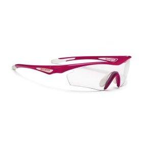 Очки Rudy Project SPACEGIRL RUBIN GLOSS - PHOTOCLEARВелоочки<br>Женская модель очков Rudy Project SPACEGIRLОчки спортивного дизайна для велоспорта, бега, триатлона.В этой версии оправы только верхняя часть линз защищена ободком. Это дает возможность увеличить поле зрения, при этом очки сохраняют прочную структуру. Такой дизайн обеспечивает прекрасный курсовой обзор, очки прекрасно подходят для таких видов, как велогонка, горный велосипед, бег, когда необходимо хорошо видеть поверхность земли, чтобы объезжать препятствия и выбирать лучшую траекторию.ОСОБЕННОСТИ МОДЕЛИ:Оправа из полимера Grilamid Frame это черизвычайно гибкая, ударопрочная, гипоолергенная, легкая оправа.Носоупор с вентилируемыми подушками из материала Megol обеспечивает отличную посадку и абсолютный комфорт;Система сменных линз Quick Change для разных условий освещенности;Система контроля параллельного зрения RP-D-Centered обеспечивает максимальную защиту от ультрафиолета и оптическую резкость;Высококачественные поликарбонатные линзы с защитой от ультрафиолета UV 400 обеспечивают максимальную резкость; Линзы PhotoClearЛинзы самозатемняющиеся в зависимости от степени ультрафиолетового излучения, являются уникальным, передовым решением. Вам больше не нужно несколько очков на разные погодные условия. Можно использовать одни линзы для солнечного дня, леса, вечернего и ночного времени. Линзы подстраиваются под интенсивность света и затемняются сами, вы даже не заметите этого. Только комфорт.                                                                                         Общие характеристики:                                            Артикул:SP256666D0000                        Брэнды:Rudy Project                        Год:2016                        Категория:Очки<br>