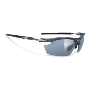Очки Rudy Project RYDON CARBON LASER BLACKВелоочки<br>Очки Rudy Project RYDON самая популярная и востребованная модель для велоспорта, бега, триатлона, и даже просто активного отдыха.В этой версии оправы только верхняя часть линз защищена ободком. Это дает возможность увеличить поле зрения, при этом очки сохраняют прочную структуру. Такой дизайн обеспечивает прекрасный курсовой обзор, очки прекрасно подходят для таких видов, как велогонка, горный велосипед, бег, когда необходимо хорошо видеть поверхность земли, чтобы объезжать препятствия и выбирать лучшую траекторию.ОСОБЕННОСТИ МОДЕЛИ:Оправа из новых композитных материалов с добавлением карбона для легкости и прочности- дужки из Kynetium TM – специального сплава из алюминия, магнезия, силиция и титана, применяемого в аэрокосмической промышленности, и характеризующегося сверхлегким весом и превосходной упругостью;Полностью регулируемый медно-бериллиевый носоупор с двумя вентилируемыми подушками из Megol, оснащенными новой системойE-Lock TM, и обеспечивающий отличную посадку и абсолютный комфорт;Система сменных линз Quick Change для разных условий освещенности;Система контроля параллельного зрения RP-D-Centered обеспечивает максимальную защиту от ультрафиолета и оптическую резкость;Высококачественные поликарбонатные линзы с защитой от ультрафиолета UV 400 обеспечивают максимальную резкость;Вес 24 гЛинзы Laser и MultilaserЭти линзы разработаны для солнечных дней и яркого света, они обеспечивают защиту от ультрафиолета класса 400 uv, то есть поглощают все виды ультрафиолетового излучения, и доступны в очень широком ассортименте цветов и оттенков. Отражающий хромированный слой полностью покрывает наружную сторону линз, убирая блики, но не ухудшая свойства очков.                                                                                        Общие характеристики:                                            Артикул:SN790914                        Брэнды:Rudy Project                        Год:2017                   