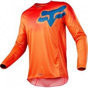 Велоджерси Fox 360 Viza Jersey, оранжевый 2018Велоджерси<br>Традиционное вело и мотокроссовое джерси, выполненное из быстросохнущего полиэстера, который хорошо отводит влагу от тела. Воротник и манжеты рукавов идеально облегают шею и запястья, а благодаря удлинённой задней части джерси всегда останется аккуратно заправленным в штаны.<br><br><br><br>ОСОБЕННОСТИ<br><br><br><br>Материал: 100% - полиэстер<br><br>Вставка из сетчатого материала в задней части для дополнительной вентиляции<br><br>Облегающий воротник и манжеты рукавов<br><br>Удлинённая задняя часть<br><br>Оригинальная графика, которая не выцветает со временем<br>