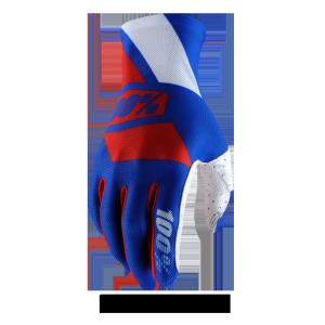 Велоперчатки 100% Celium Glove, сине-красный  2017Велоперчатки<br>Максимально тонкие и лёгкие перчатки без застёжек– для тех, кто предпочитает естественное ощущение ручек руля и хорошую вентиляцию ладоней. Покатавшись в этих перчатках хотя бы немного, вы, вероятно, и вовсе забудете, что надели их.<br><br><br><br>ОСОБЕННОСТИ<br><br><br><br>Модель без застёжек<br><br>Ладонь выполнена из перфорированной искусственной кожи Clarino<br><br>Дополнительная накладка на большом пальце для гашения вибрации<br><br>Силиконовый принт на ладони и пальцах для лучшего сцепления с рулём<br><br>Накладки на пальцах из запатентованного материала Creora, который хорошо дышит и отводит влагу<br><br>Специальный элемент для работы с сенсорными дисплеями (телефона или плеера) на кончике большого пальца<br>
