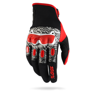Велоперчатки 100% Derestricted Glove, черно-бело-красный 2017Велоперчатки<br>Стильные и технологичные перчатки для тех, кто серьёзно относится к вопросам безопасности. Верх модели выполнен из плотного текстиля и гладкой перфорированной кожи с защитными накладками на фалангах пальцев и в области костяшек; ладонь изготовлена из тонкой искусственной кожи Clarino.<br><br><br><br>ОСОБЕННОСТИ<br><br><br><br>Верх из плотного текстиля и гладкой перфорированной кожи<br><br>Ладонь из тонкой искусственной кожи Clarino<br><br>Защитные накладки на фалангах пальцев и в области костяшек<br><br>Удобная застёжка на липучке<br>