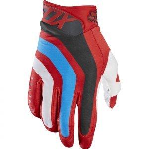 Велоперчатки Fox Airline Seca Glove, красный 2017Велоперчатки<br>Лёгкие и технологичные перчатки без застёжек от Fox – максимально удобные, стильные и долговечные. Основная особенность этих перчаток – вставки из специальной резины на кончиках пальцев для более естественного ощущения руля и точного управления мотоциклом. Текстильный верх данной модели отлично дышит, а ладонь из тонкой искусственной кожи Clarino обеспечивает оптимальное сцепление с грипсами.<br><br><br><br>ОСОБЕННОСТИ<br><br><br><br>Материал: текстиль, искусственная кожа<br><br>Ладонь выполнена из тонкой искусственной кожи Clarino<br><br>Технология TRUFEEL от Fox - вставки из специальной резины на кончиках пальцев обеспечивают более естественное ощущение руля и точное управление мотоциклом<br><br>Модель без застёжек<br>