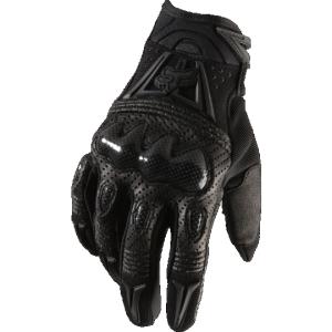 Велоперчатки Fox Bomber Glove, черный 2018Велоперчатки<br>Высокотехнологичные перчатки, обеспечивающие оптимальную защиту пальцев и костяшек. Модель выполнена из специально обработанной перфорированной кожи; ладонь отделана двухслойной тонкой кожей Clarino, защитные накладки изготовлены из ударопрочного композита. Перчатки хорошо дышат, долговечны и удобны в использовании. <br><br><br><br>ОСОБЕННОСТИ<br><br><br><br>Материал: перфорированная кожа/композит<br><br>Защита пальцев и костяшек<br><br>Удобная застёжка на липучке снизу<br>