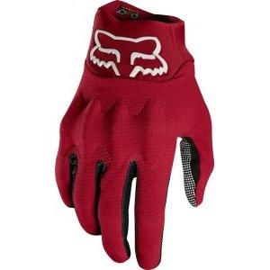 Велоперчатки Fox Bomber LT Glove, темно-красный 2018Велоперчатки<br>Лёгкие и тонкие перчатки, долговечности и защитных свойств которых более чем достаточно для гонщиков эндуро. Верх модели выполнен из устойчивого к истиранию эластичного текстиля Stretch Cordura, ладонь отделана перфорированной искусственной кожей Clarino. Основные особенности этих перчаток – защитные вставки из особого пеноматериала D30, мгновенно твердеющего при ударах, а также оригинальная технология TRUFEEL - вставки из специальной резины на кончиках пальцев обеспечивают более естественное ощущение руля и точное управление мотоциклом.<br><br><br><br>ОСОБЕННОСТИ<br><br><br><br>Материал верха: Stretch Cordura<br><br>Материал ладони: искусственная кожа Clarino<br><br>Защитные вставки из пеноматериала D30<br><br>Технология TRUFEEL - вставки из специальной резины на кончиках пальцев обеспечивают более естественное ощущение руля и точное управление<br>
