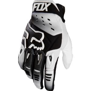 Велоперчатки Fox Pawtector Race Glove, белый 2016Велоперчатки<br>Классические вело и мотокроссовые перчатки от Fox. Основные особенности данной модели – неопреновые и резиновые накладки на костяшках, удобная застёжка и ладонь, отделанная двойным слоем искусственной кожи Clarino. Отличное сочетание эффективной защиты, внешнего вида и функцииональности.<br><br><br><br>ОСОБЕННОСТИ<br><br><br><br>Материал: текстиль, искусственная кожа<br><br>Ладонь отделана двойным слоем искусственной кожи Clarino<br><br>Силиконовые накладки для лучшего сцепления с рулём<br><br>Защитные накладки на костяшках из резины и неопрена<br><br>Удобная застёжка на крючке<br>