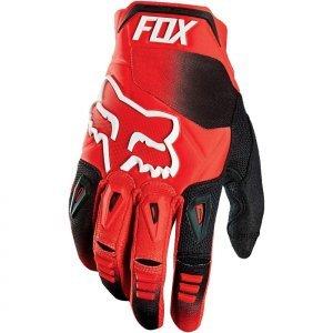 Велоперчатки Fox Pawtector Race Glove, красный 2016Велоперчатки<br>Классические вело и мотокроссовые перчатки от Fox. Основные особенности данной модели – неопреновые и резиновые накладки на костяшках, удобная застёжка и ладонь, отделанная двойным слоем искусственной кожи Clarino. Отличное сочетание эффективной защиты, внешнего вида и функцииональности.<br><br><br><br>ОСОБЕННОСТИ<br><br><br><br>Материал: текстиль, искусственная кожа<br><br>Ладонь отделана двойным слоем искусственной кожи Clarino<br><br>Силиконовые накладки для лучшего сцепления с рулём<br><br>Защитные накладки на костяшках из резины и неопрена<br><br>Удобная застёжка на крючке<br>