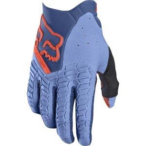 Велоперчатки Fox Pawtector Glove, светло-синий 2017Велоперчатки<br>Классические вело и мотокроссовые перчатки от Fox. Основные особенности данной модели – неопреновые и резиновые накладки на костяшках, удобная застёжка и ладонь, отделанная двойным слоем искусственной кожи Clarino. Словом, отличное сочетание эффективной защиты, внешнего вида и функцииональности.<br><br><br><br>ОСОБЕННОСТИ<br><br><br><br>Материал: текстиль, искусственная кожа<br><br>Ладонь отделана двойным слоем искусственной кожи Clarino<br><br>Силиконовые накладки для лучшего сцепления с рулём<br><br>Защитные накладки на костяшках из резины и неопрена<br><br>Удобная застёжка на крючке<br>