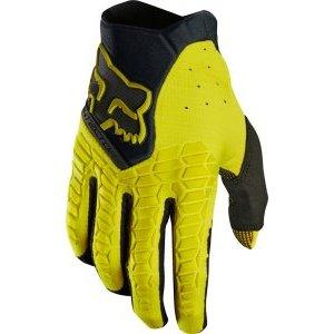 Велоперчатки Fox Pawtector Glove, темно-желтый 2018Велоперчатки<br>Классические вело и мотокроссовые перчатки от Fox. Основные особенности данной модели – неопреновые и резиновые накладки на костяшках, удобная застёжка и ладонь, отделанная двойным слоем искусственной кожи Clarino. Словом, отличное сочетание эффективной защиты, внешнего вида и функцииональности.<br><br><br><br>ОСОБЕННОСТИ<br><br><br><br>Материал: текстиль, искусственная кожа<br><br>Ладонь отделана двойным слоем искусственной кожи Clarino<br><br>Силиконовые накладки для лучшего сцепления с рулём<br><br>Защитные накладки на костяшках из резины и неопрена<br><br>Удобная застёжка на крючке<br>